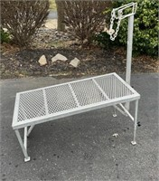 Lot 5023 - Hmd Sheep/Goat Stand, new.  Absentee bidding available on this item. Click catalog tab for more information & pictures.