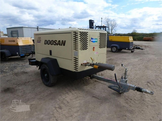 2015 DOOSAN 7/125-10/110 at www.used-compressors.co.uk