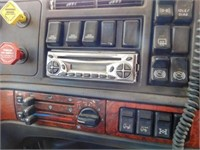 1999 Volvo Semi