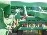 John Deere 455 Drill