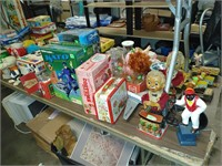 4/22 weekly auction. Americana.tin toys. Estate items