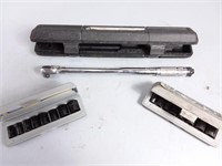 """Torque Wrench & 3/8"""" Sockets"""
