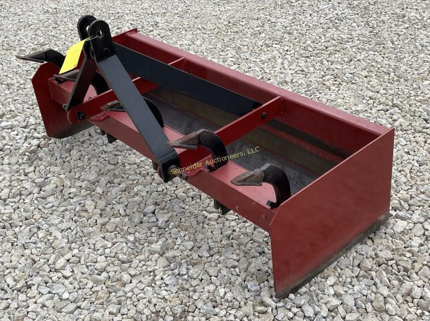 5' 3-pt box blade w/adjustable scarifers