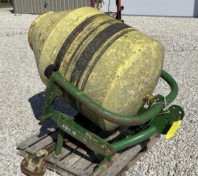 John Deere 3-pt cement mixer