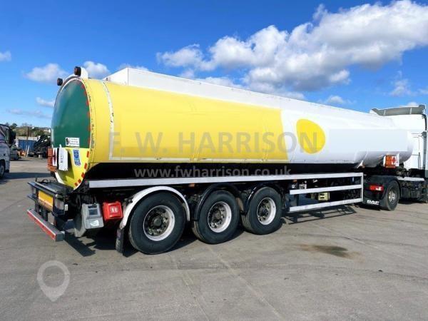 2011 LAKELAND INNOVATOR FUEL TANKER TRAILER at TruckLocator.ie