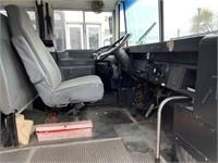 2000 International Bus 30-Passenger