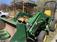 John Deere 4100 Loader Tractor