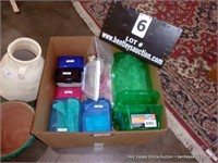 BOX: ASSORTED SMALL POLY ORGANIZER BINS