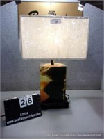 DARK DESIGN TABLE LAMP W/ EXTRA OUTLETS