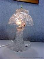 SMALL PRESSED GLASS TABLE LAMP