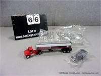 LOT (2): ERTL & MATCHBOX COLLECTOR CARS - PHILLIPS