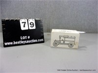 ERTL 1913 FORD MODEL T DELIVERY BANK REPLICA