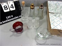 BOX: MIXED SIZED GLASS CUPS & SALT N PEPPER SHAKER