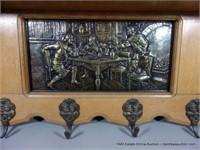 GOLDEN OAK BELGIUM BRUEGEL STYLE WALL PLATE / HAT