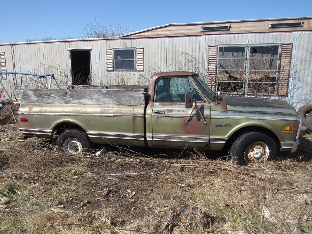 1971 chevy longhorn 1 ton pickup truck(has title)