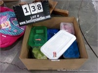 BOX: ASSORTED SIZED POLY STORAGE CONTAINERS