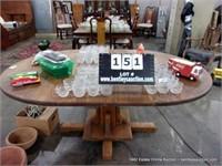 GOLDEN OAK SLAB TOP ROUND DINING TABLE W/ PEDISTAL