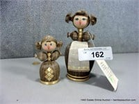 LOT (2): RUSSIAN WOVEN COTTON THISTLE DOLL FIGURIN