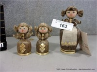 LOT (3): RUSSIAN WOVEN COTTON THISTLE DOLL FIGURIN