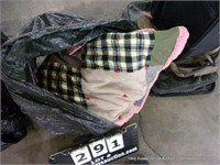BAG: LARGE HOME QUILTED THROW BLANKET