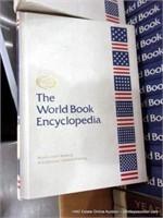 BOX: WORLD BOOK ENCYCLOPEDIA