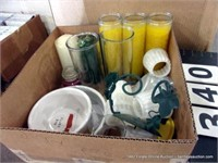BOX: ASSORTED CANDLES, SMALL POLY CUPS, VASES & DO