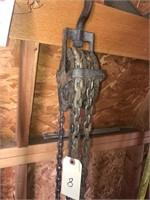 Yale Half ton chain hoist