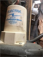 Electric ice auger