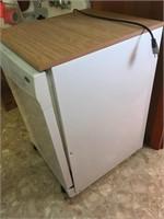 Whirlpool Portable Dishwasher