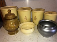 Four piece Tupperware canister set