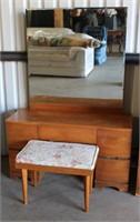 Vintage Dresser w/Mirror & Bench view/2