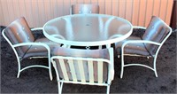 Patio Set (table w/4-Padded Chairs)