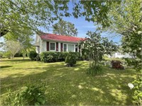 208 W Colonial St.  Woodbury, TN