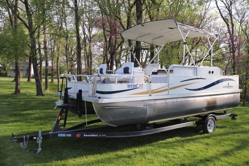 2007 20' Landau Ltd. Pontoon Boat