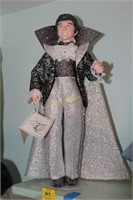Jewelry and Dolls Online Auction