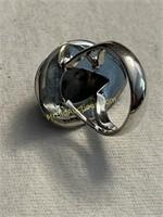 Ladies Ring size 6