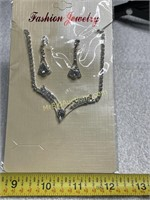 Fashion jewelry necklace earring set