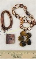 Beads & Indian Paint Block