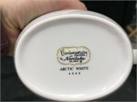 16 Noritake White Gravy Boats