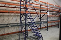 Rolling Ladder/Stairs
