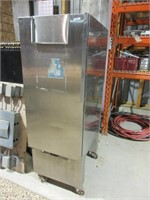 """STAINLESS STEEL BAKERY PROOFER 21"""" X 32"""" X 61""""T"""