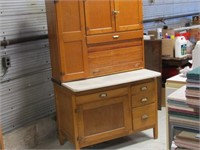 Burford Collectibles, Antiques & Furniture Auction