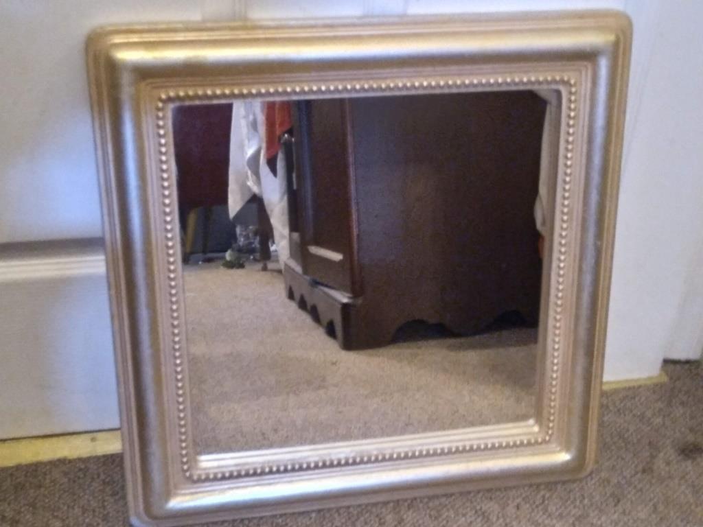 Relocation of Jackie Davis Online Estate Auction