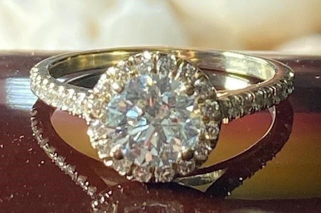 Dear Diamonds and Jewelry Auction Ends Saturday  05/15/21