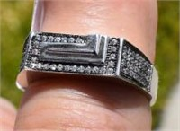 Man's Sterling Silver Cubic Zircons Ring