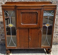 ANTIQUE FURNITURE & COLLECTABLES IV