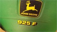 25' John Deere 925F Header w/ Head. Trailer