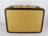SINGER Sewing Machine in Portable Case 301A