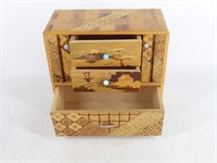 Small Inlaid Marquetry Japanese Jewelry Box