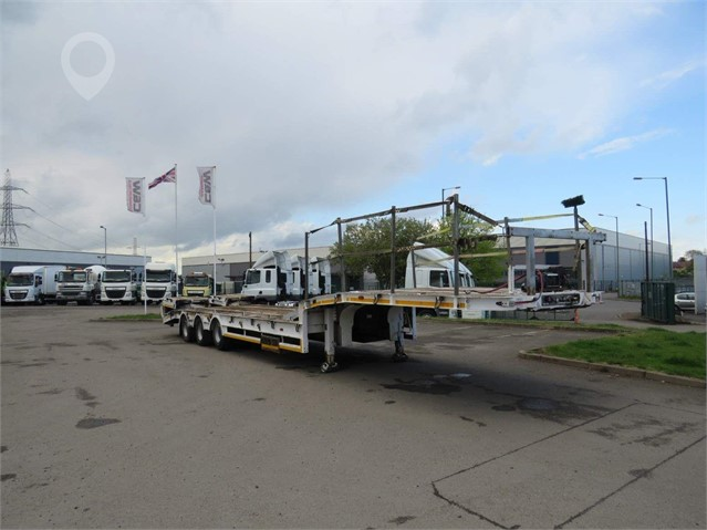 2015 KING 2015 KING GTS44/3 STEP FRAME TRAILER at TruckLocator.ie